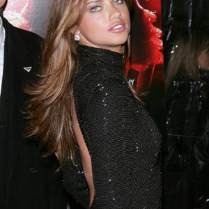 adriana lima picture 7